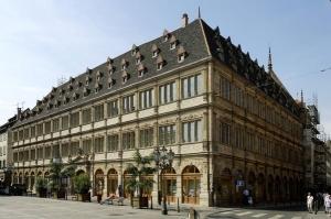 Visite guid e de l 39 h tel consulaire journ es du for Chambre de commerce strasbourg